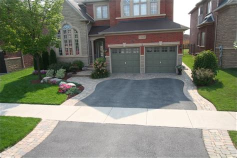 hill driveway design 12 best front yard and driveway images on pinterest