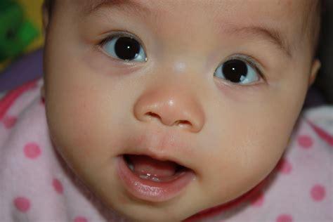allattamento al seno alimenti da evitare allattamento al seno e denti come allattare un bambino