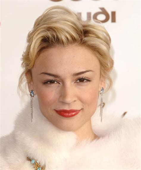 samaire armstrong short hair back and front view of shag hairstyles