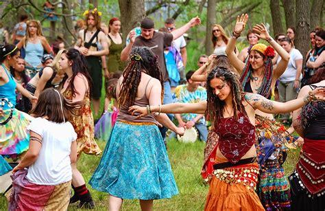 fiori hippy 15 hippie destinations around the world worldwide hippies