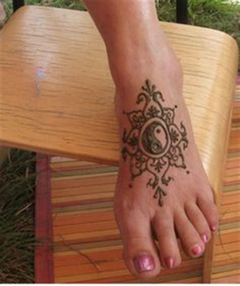 henna tattoo on foot tumblr 1000 images about s henna on henna