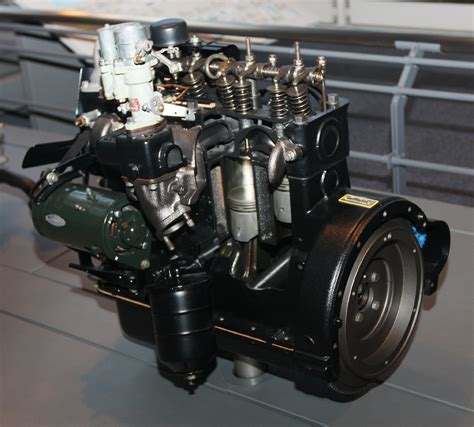 Toyota Engines File 1953 Toyota R Type Engine Jpg Wikimedia Commons