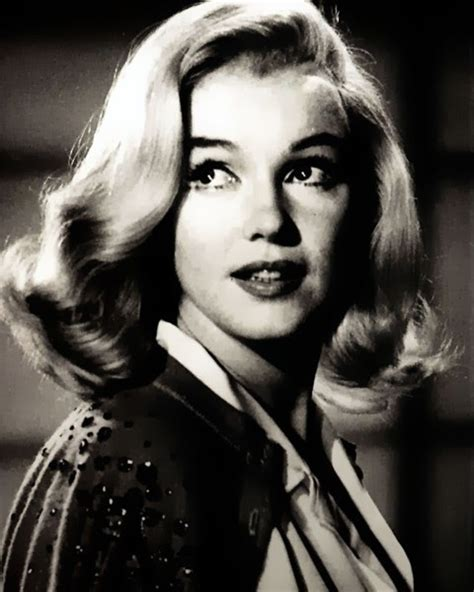 marilyn monroe long hair european asian hairstyle medium hairstyles marilyn monroe