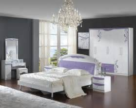 Interior Decorating Ideas For Bedroom Interior Design Small Bedroom Ideas Decobizz