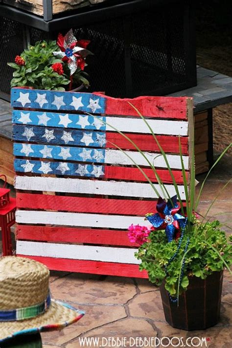 Patriotic Garden Decor 16 Garden Decor Idea For July 4th Day Diy Easy Patriotic Backyard Craft Project Bored Fast Food