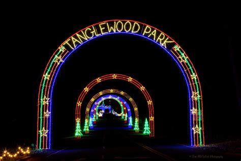 Tanglewood S Festival Of Lights Forsyth Family Magazine