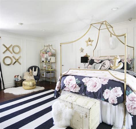 pottery barn girl room ideas another emily and merritt for pottery barn teen living