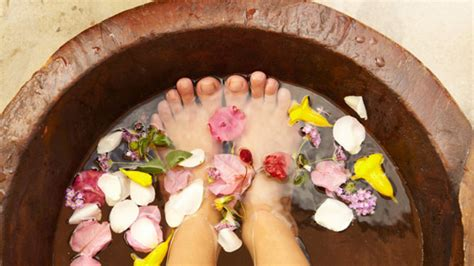 5 Delicious Nyc Stuff To Soak Up by Fruity Foot Bath Easy Grandparents