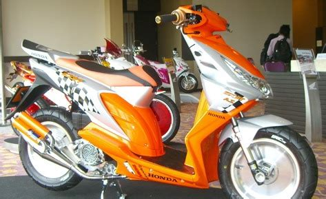 Honda Beat Metic trans engine