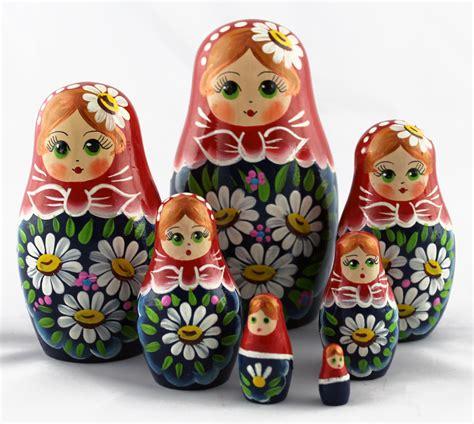 traditional russian gifts colorful babushka matryoshka traditional dolls with