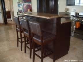Kitchen Island With Bar Stools by Kitchen Island Raised Bar Kitchen Island Bar Stool