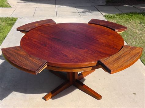 Expandable Round Modern Outdoor Dining Table For Patio Wood Patio Dining Table