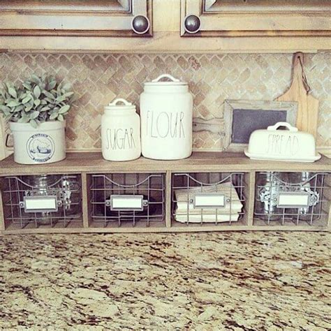 kitchen accessories decorating ideas 38 best farmhouse kitchen decor and design ideas for 2017
