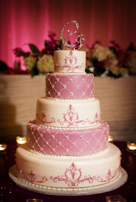 Wedding Cake Limelight by 57 Best Images About Wedding Cakes Cinderella And Bling