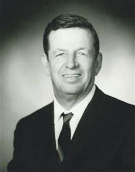 j boats jerseyville il clayton h wisdom of jerseyville obituary riverbender