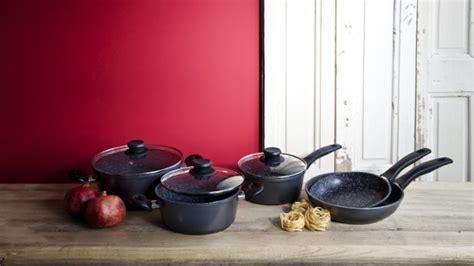 pentole da cucina professionali westwing pentole accessori di qualit 224 per la tua cucina