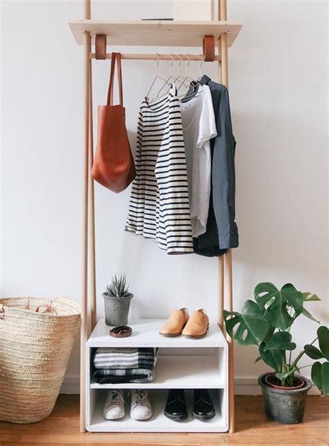 tutorial de como usar latex 25 melhores ideias sobre araras de roupas no pinterest