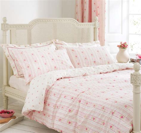 pink bed spread pink bedding bed linen floral stripe rose bud duvet