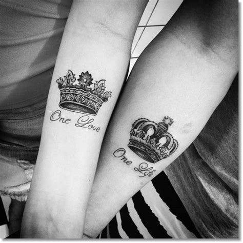 small but nice tattoos 25 best ideas about small crown on
