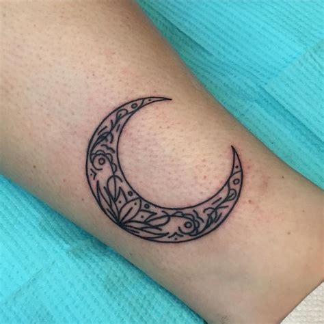 small crescent moon tattoo 654 best images about tattoos on tea cups