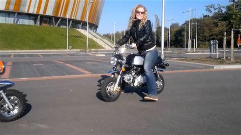 Mini Motorrad Gorilla by Honda Monkey And Gorilla Promo Wmv Youtube