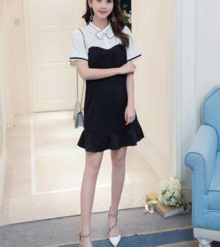 Dress Simple Hitam Putih dress warna hitam putih simple terbaru model terbaru