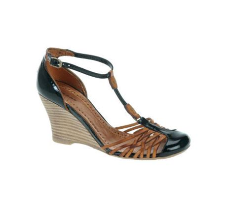 closed toe strappy sandals bronx leather t wedge sandal w strappy closed