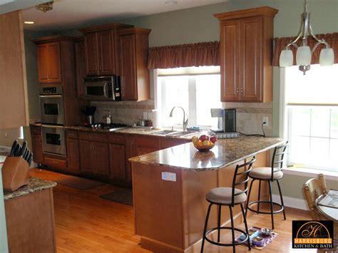 kitchen cabinet crown 100 crown molding kitchen cabinets 100 kitchen cabinets