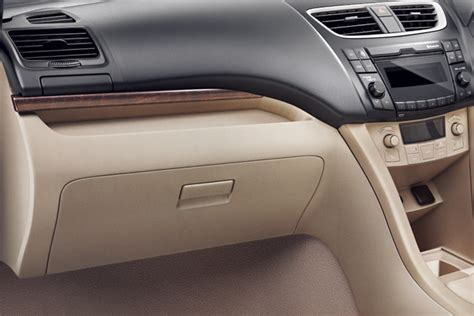 New Suzuki Ertiga Panel Karbon Jsl Set Dashboard Power Window 2015 maruti suzuki dzire dashboard