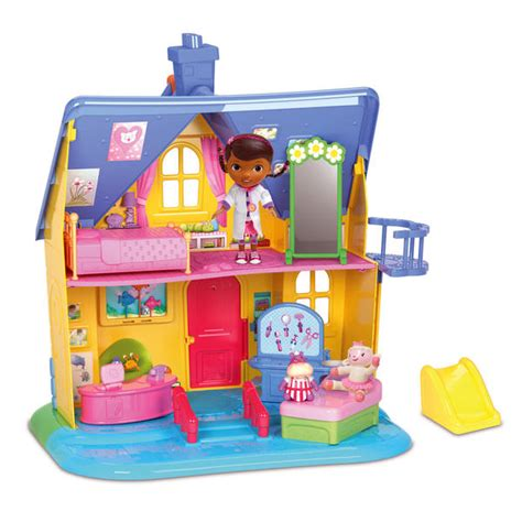 doc mcstuffins outdoor playhouse doc mcstuffins clinic play house help doc help her