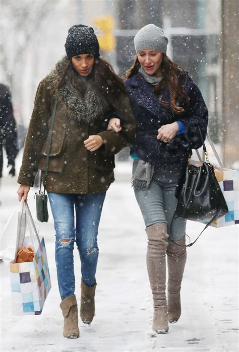 meghan markle out shopping in toronto 12 11 2016 hawtcelebs meghan markle out shopping in toronto 12 11 2016 hawtcelebs