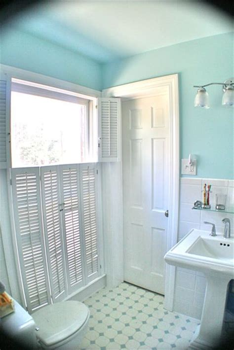 Bathroom Paint Ideas For Small Bathrooms by Jack And Jill Bathroom Renovation Whipstitch