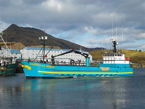cornelia marie crab boat the cornelia marie she s a beauty deadliest catch
