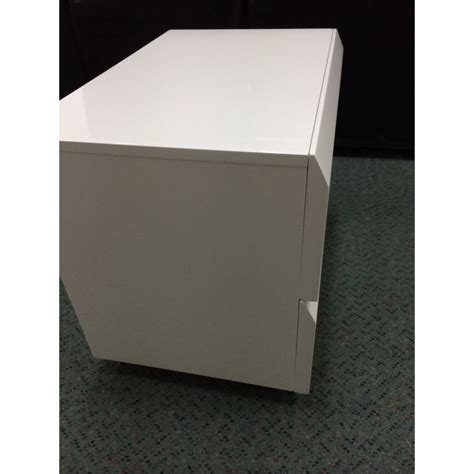 White Gloss Bedside Drawers by 2 Drawer Handleless Bedside Table Gloss White Buy White