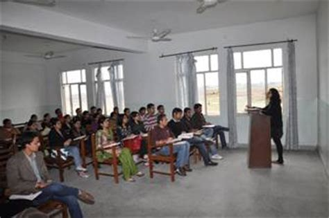 Apeejay College Jalandhar Mba Fees by Apeejay Institute Of Management Jalandhar Admissions