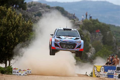Rally Auto Peças Salto by Rally Italia Sardegna Day One Hyundai Shell Wrt 2014
