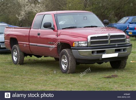 is chrysler an american car dodge ram truck chrysler american car us usa gas