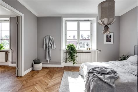 foto dormitorio con paredes grises de miv interiores - Decorar Paredes Grises