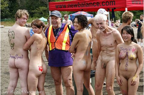 Tufts Naked Run Picture
