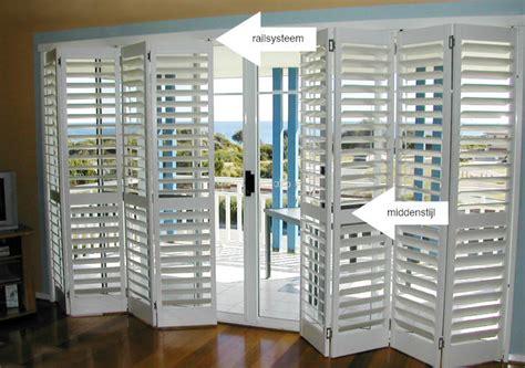 jaloezieen laten monteren shutters maken en plaatsen werkspot