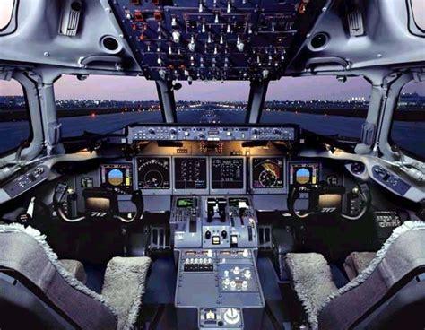 cabina di pilotaggio aereo cool jet airlines boeing 717 cockpit