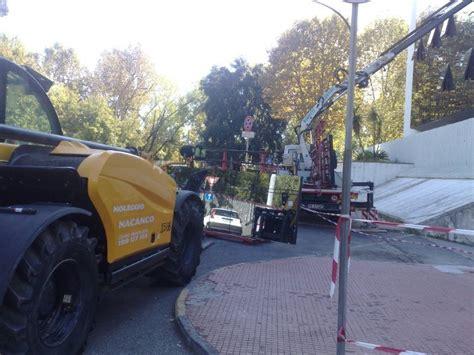 questura di cuneo ufficio immigrazione incidente in questura il pm sequestra l area cantiere