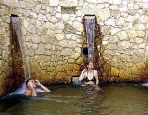 Linea Sink Le 40 40 25 salva gente b b in lamezia terme italy book b b s with
