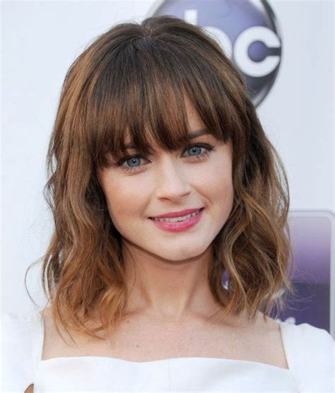 medium length grayish hairstyles for full figure 25 best ideas about bangs short hair on pinterest short