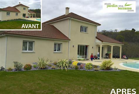 Idee Deco Exterieur Maison 4490 by Am 233 Nagement Ext 233 Rieur Devant Une Maison Monjardin