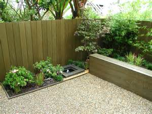 tips on build small backyard landscaping ideas