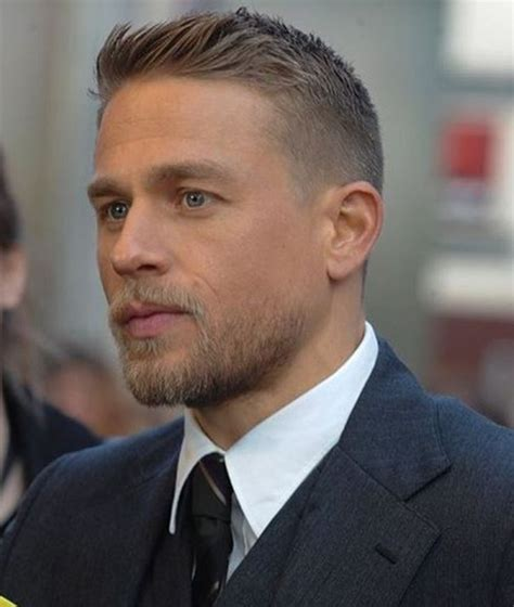 hiw to get charlie hunams hairstyle 3573 best charlie hunnam images on pinterest charlie