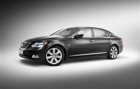 Lexus Ls 600h Gewinnt Wahl Zum Quot Allradauto Des Jahres 2008 Quot