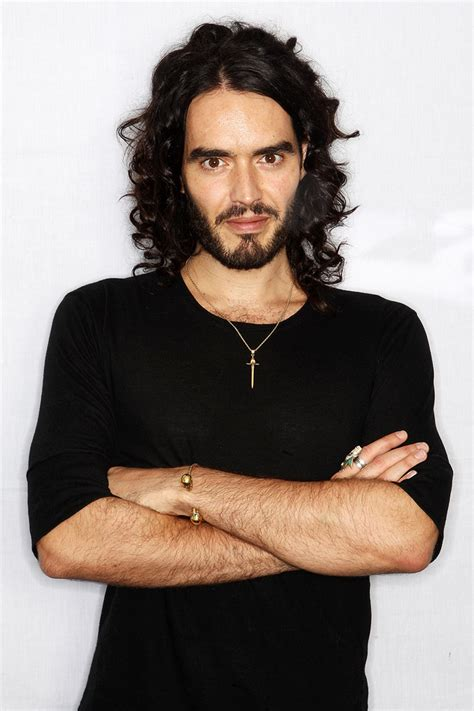 russell brand hairstyle makeup suits shoes perfume