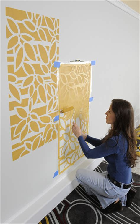 Interior Paint Stencils by How To Stencil Easy Step By Step Roller Stenciling Technique